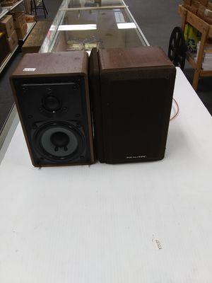 Vintage Realistic Mini 7 Speakers for Sale in Batsto, NJ