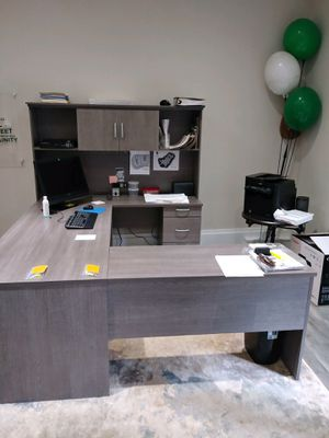 Office Desk for Sale in Mount Holly, NC