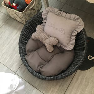 Rattan Dog Or Cat Bed for Sale in Santa Maria, CA