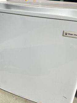 Mini Fridge for Sale in Highland,  CA
