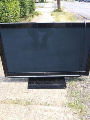 "42"" Panasonic plasma TV for Sale in Pittsburgh, PA"