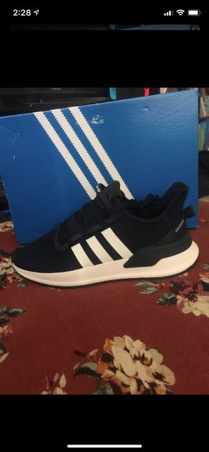 New tennis adidas (navy blue) for Sale in National City, CA