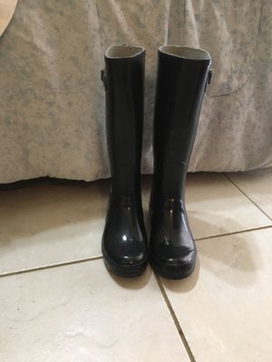 Black rubber boots size 7 1/2 for Sale in Miami, FL