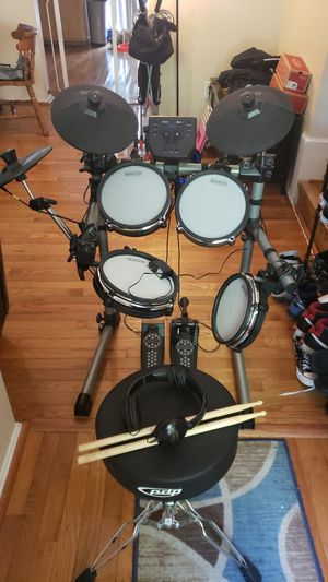 Simmons SD350 Electric Drum Set for Sale in Germantown, MD