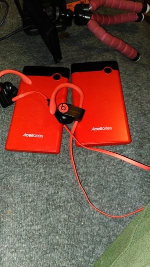 Beats earsbuds &2portables chargers for Sale in Los Angeles, CA