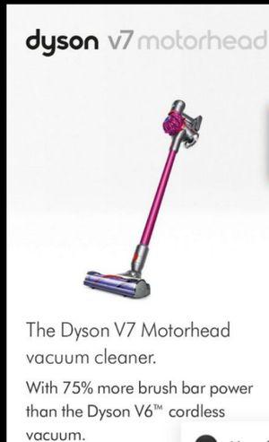 DYSON V7 MOTORHEAD CORDLESS STICK VACUUM for Sale in San Pedro, CA