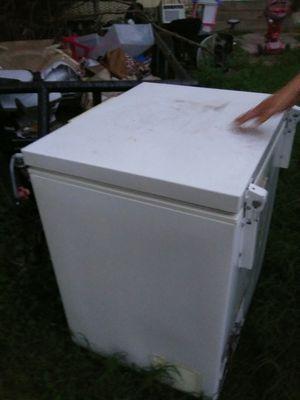 Whirlpool freezer for Sale in Austin, TX