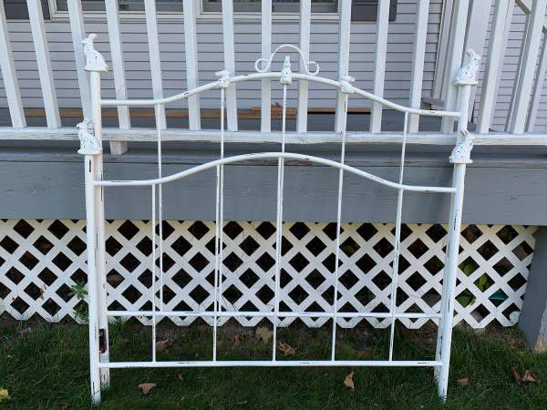 Wrought iron bunny bed
