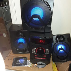 Brand new bluetooth stereo system for Sale in Trenton, IL