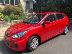 2012 Hyundai Accent, excellent condition brand new for Sale in Bloomfield, NJ