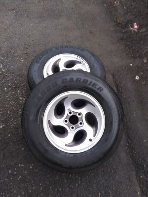 St trailer tires 205/75/15 only 2 used 50% for Sale in Vancouver, WA
