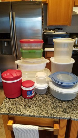 13 food storage containers for Sale in Henderson, NV