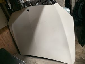 2015-2018 Mercedes Benz c300 hood for Sale in San Bernardino, CA