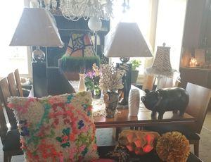 LAMPS, VASES, & DECOR for Sale in Valley Center, KS