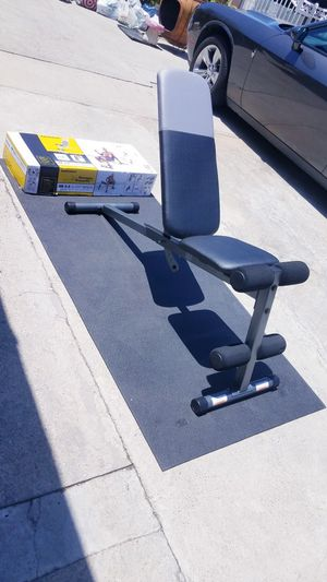 Adjustable workout bench incline decline flat and military press Brand new in box for Sale in Montebello, CA
