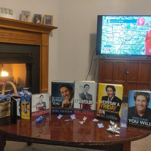 Joel Osteen, 4 books and 5 CD's for Sale in Nashville, TN