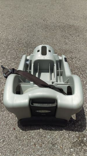 Graco classic connect car seat base for Sale in Nashville, TN