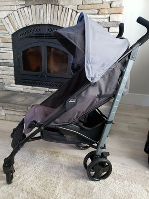 Chicco lightweight stroller for Sale in Inman, SC