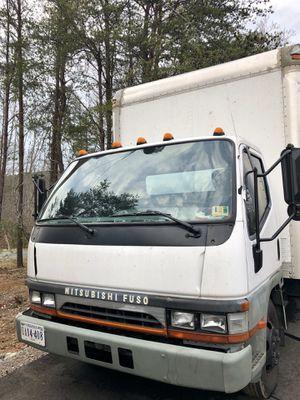 2002 Mitsubishi 16'box Truck with lift gate for Sale in Union Hall, VA