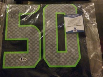 K.J Wright Signed Certified Verified Lg. Jersey..350.00 for Sale in Gig Harbor,  WA