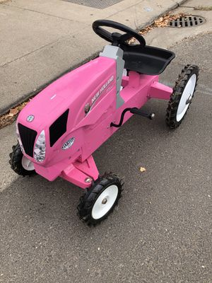 Pink Tractor for Sale in Modesto, CA