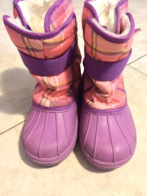 The Children's place kids Winter boots for Sale in Queens, NY
