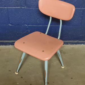SMALL, STURDY METAL CHAIR for CHILD - Weighs approximately 8-10 lbs. (pls. see full description details) - firm price. for Sale in Arlington, VA