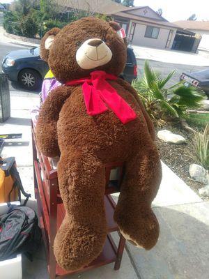 3 feet stuffed bear for Sale in Las Vegas, NV