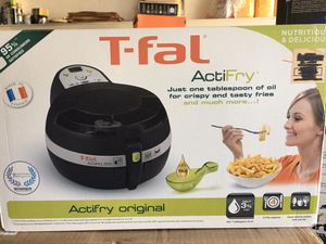 Summer Cleaning Sale: T-Fal ActifryOil Less Air Fryer with Large 2.2 Lbs Food Capacity & Recipe Book (Black) for Sale in Los Angeles, CA
