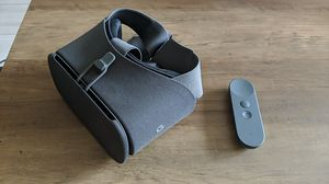 Google Daydream View VR headset - Slate with controller for Sale in San Diego, CA