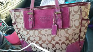 Coach purse with a leather straps And mint Condition for Sale in Prattville, AL