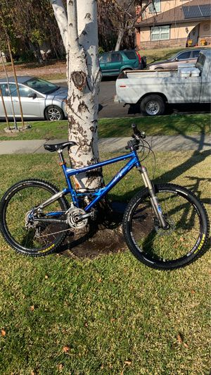 Mountain bike for Sale in Upland, CA