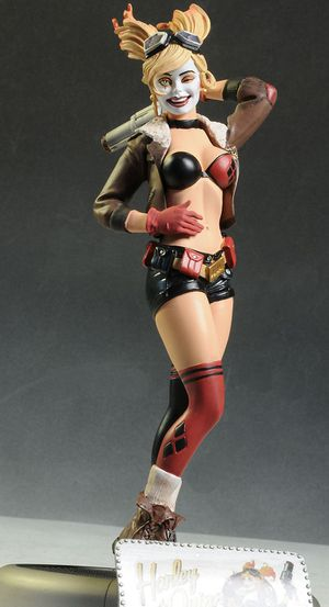 DC COLLECTIBLES BOMBSHELLS HARLEY QUINN STATUE SIDESHOW for Sale in Montebello, CA