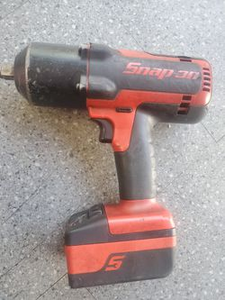 Snap On 1/2inch Gun 2 Batteries And Charger No Issues  for Sale in Modesto, CA