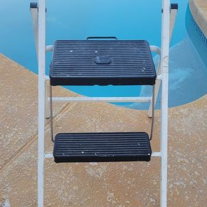 Two Step Ladder for Sale in Tolleson, AZ