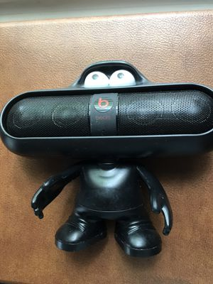 Beats Pill and Case/Holder Pre Owned Good Working Condition for Sale in West Palm Beach, FL