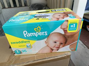 Pampers swaddled diapers size 1 for Sale in Valley Stream, NY