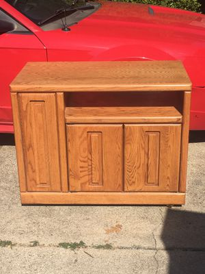 Entertainment Stand TV for Sale in Arlington, TX