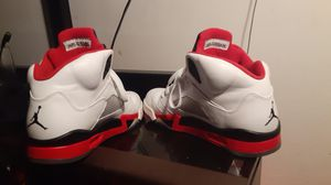 Air jordan 5 fire red sz 8.5 for Sale in Lacey, WA