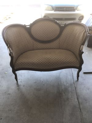 Antique sofa and chair 1800 think. for Sale in Las Vegas, NV