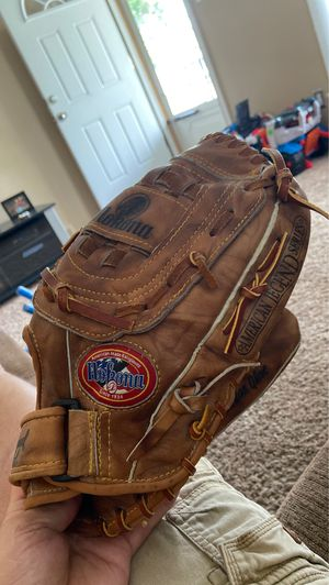 "Nokona AMG650-CW - 12.5"" baseball/ softball glove for Sale in Warren, MI"