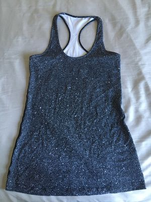 Lululemon athletic top for Sale in Silver Spring, MD