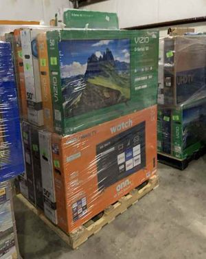 Tv blow out liquidation event !!!!!!! 👍🙏👍👍🙏👍👍 EZKHU for Sale in Norwalk, CA