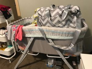 Bassinet for Sale in Portland, OR