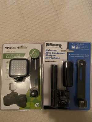 Mic and led light for Sale in Fayetteville, GA