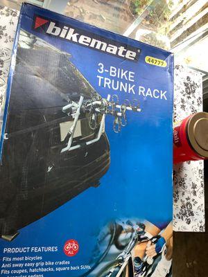 3 bike trunk rack for Sale in Eureka, MO