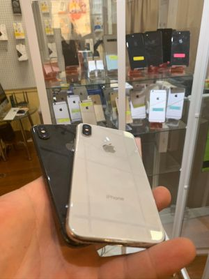 Iphone x unlocked great condition 6 months warranty for Sale in Framingham, MA