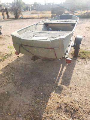 14' aluminum v-hull Jon boat for Sale in Queen Creek, AZ