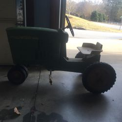 Kids John Deere Tractor for Sale in Taylors,  SC