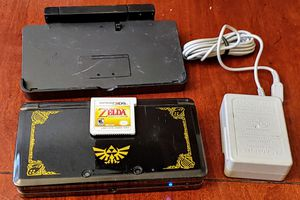 OG NINTENDO 3DS LIMITED ZELDA OCARINA OF TIME EDITION 3DS W/ORIGINAL DOCK AND CHARGER BUNDLE for Sale in Escondido, CA